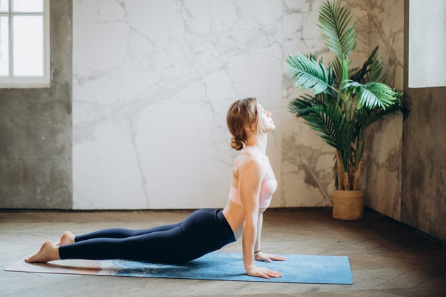 cobra stretch for lower back at home
