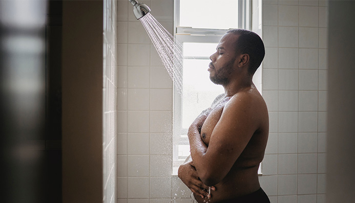 Can you take a cold shower after eating